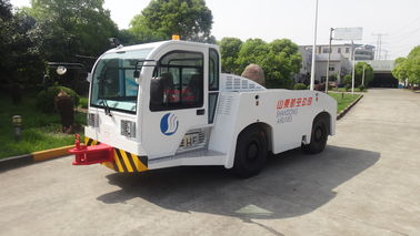 Cina Keamanan Diesel Tow Tractor, Air Towing Equipment Suspension Driver Seat pemasok